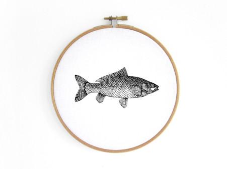 fisch-fish--im-stickrahmen-embroidery-hoop-bild-renna-deluxe