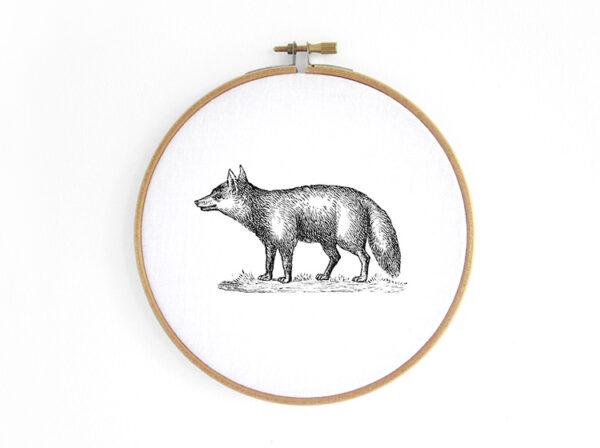 fuchs-fox--im-stickrahmen-embroidery-hoop-bild-renna-deluxe