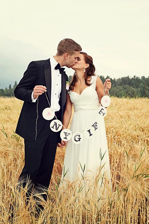 nygift newlyweds frischvermaehlte garland by renna deluxe