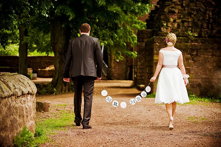 MR-und-MRS-Girlande-garland-wedding-renna-deluxe