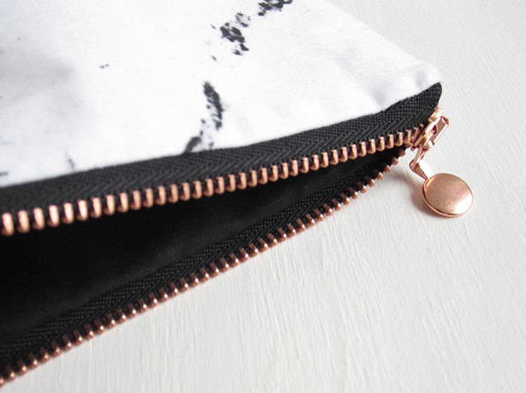 marble-copper-pouch-fold-over-bag-kupfer-marmor